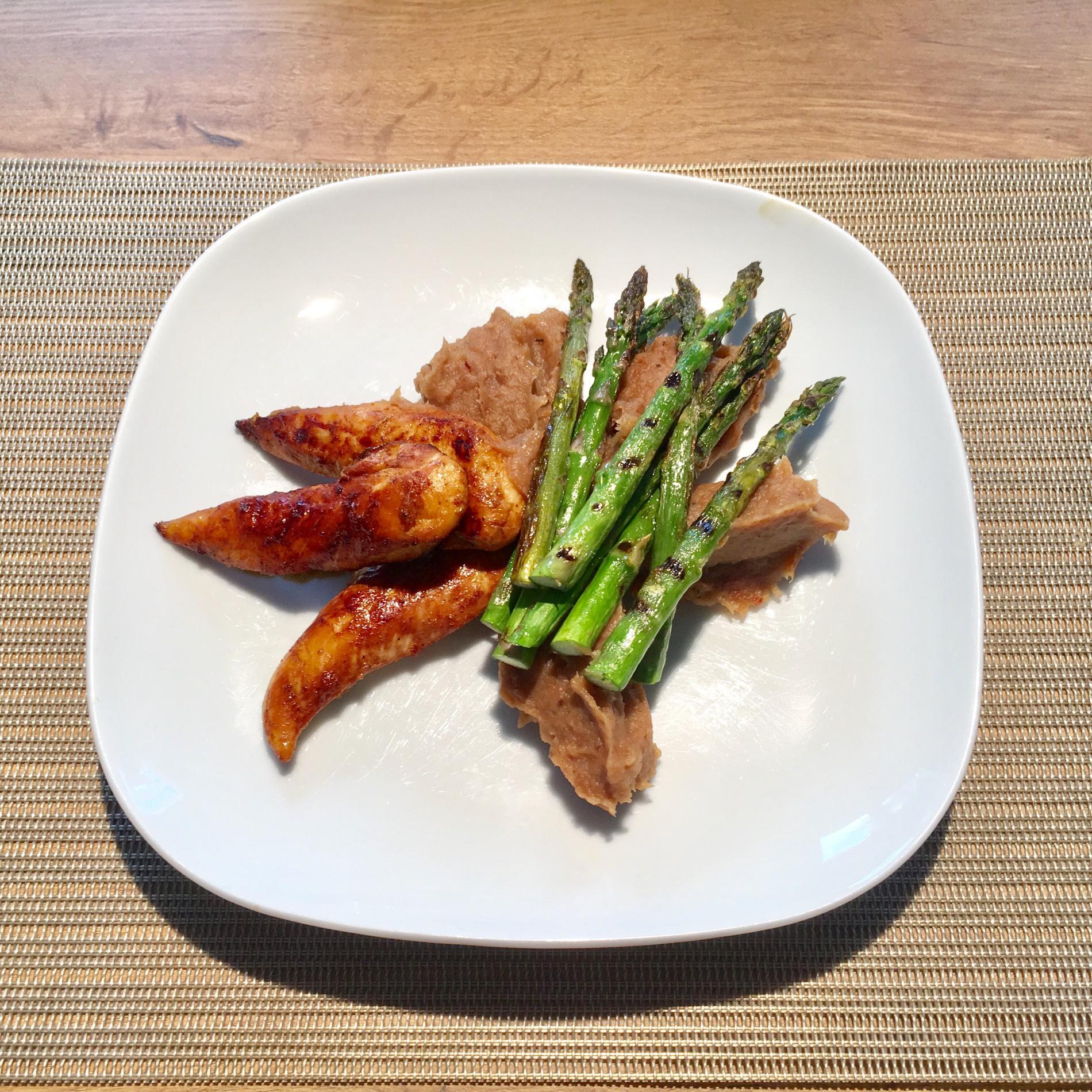 Puree van aardpeer, gebakken kip en gegrilde asperges Lekker en gezond eten WordFit.be