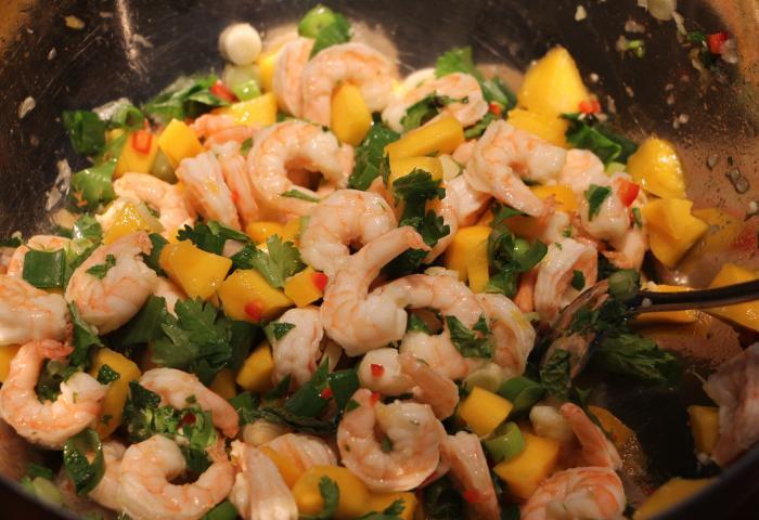 Recept: Ceviche van scampi en mango